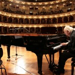 Il Maestro Trovajoli al pianoforte