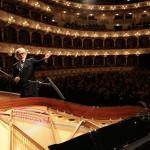 Il direttore d'orchestra Rino Marrone